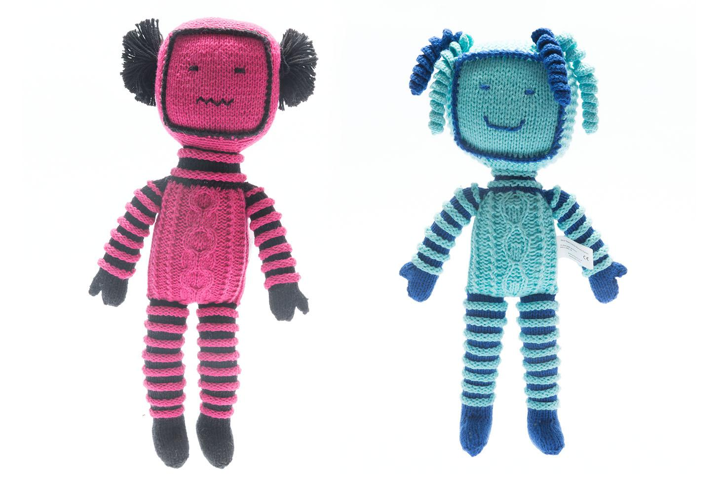 Knitted robots