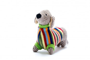sausage dog rattle SS21